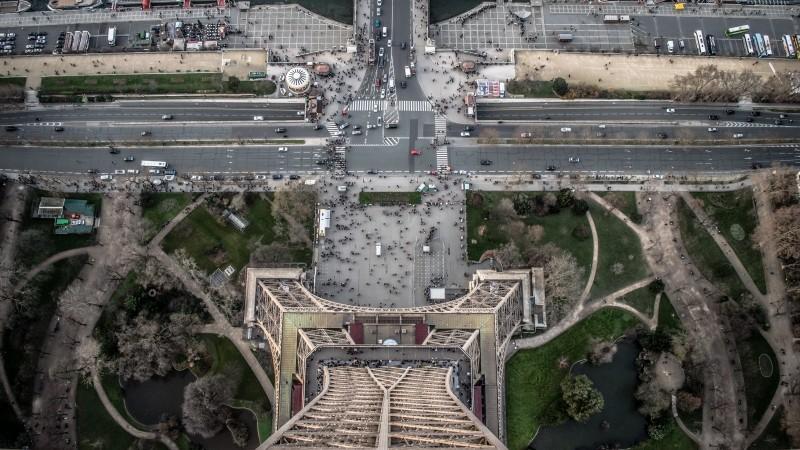 Magyar Éremkibocsátó Kft. - 10 tény az Eiffel-toronyról