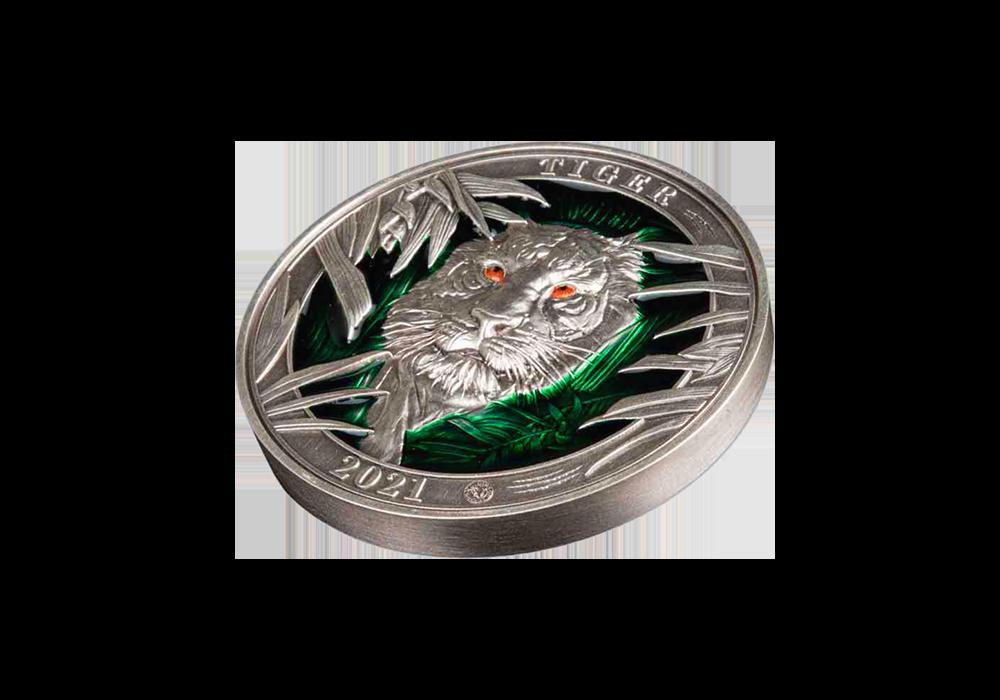 Magyar Éremkibocsátó Kft. -  A vadon fenséges királya  3 uncia tűzzománcozott színezüst érmén